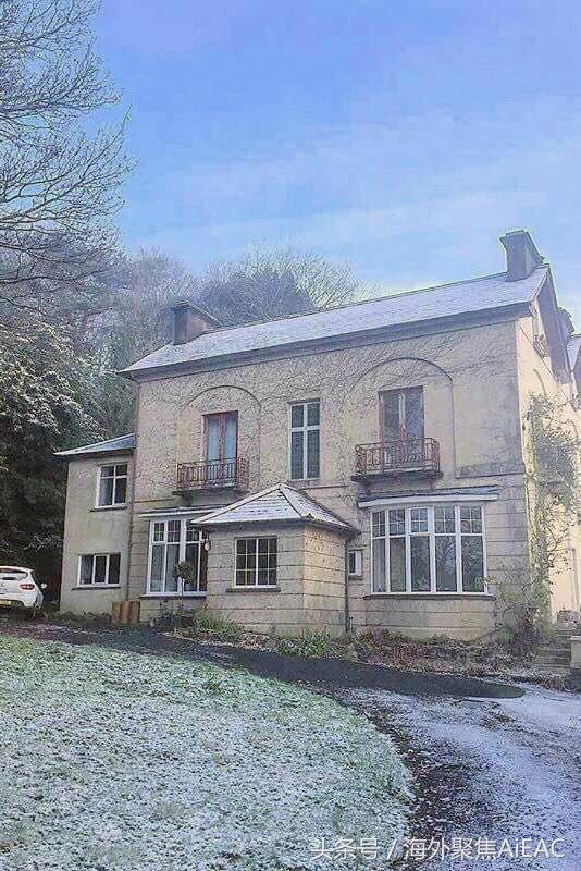 从荒废到梦想之家 英国情侣花不到三千英镑改造维多利亚式老房子