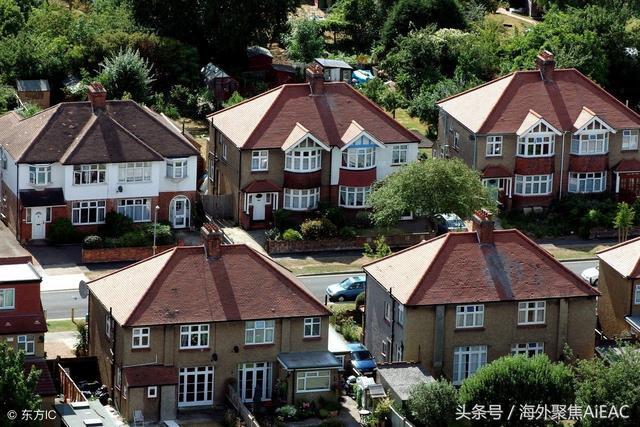 """英国智库表示 应该废除正在""""快速退化""""的市政税"""