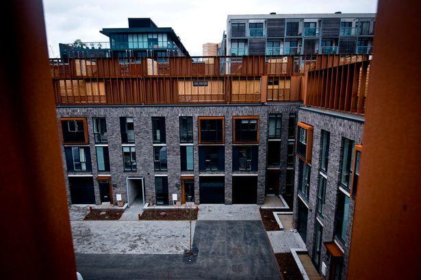 曼切斯特圣乔治教堂边的屋顶花园公寓第一观感