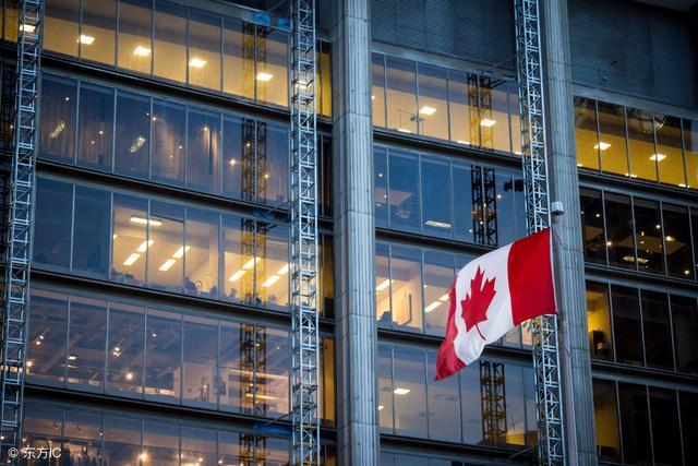 加拿大央行决定暂不加息 房价大升后崩盘风险提升 五年内或跌两成