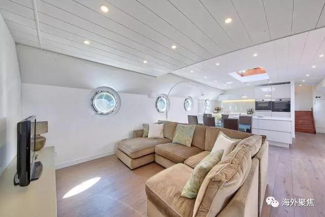 伦敦住房新思路:带6千英镑豪华浴缸的两层泰晤士河景移动家庭住宅