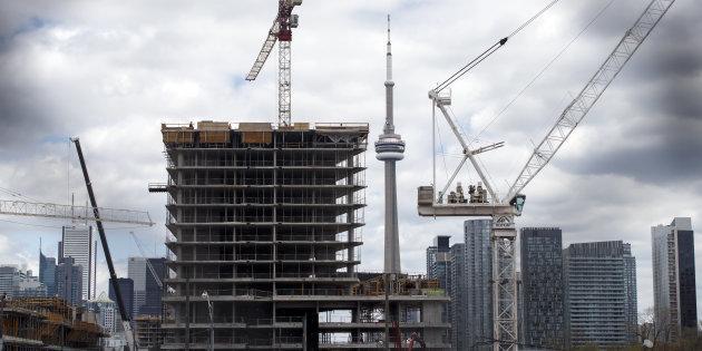 加拿大央行再次加息 1年加息4次 行长建议买不起就买小房吧